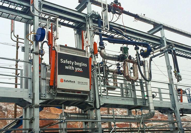 railcar flat ramp frt gangway wpivoting counterweight pipe light racks