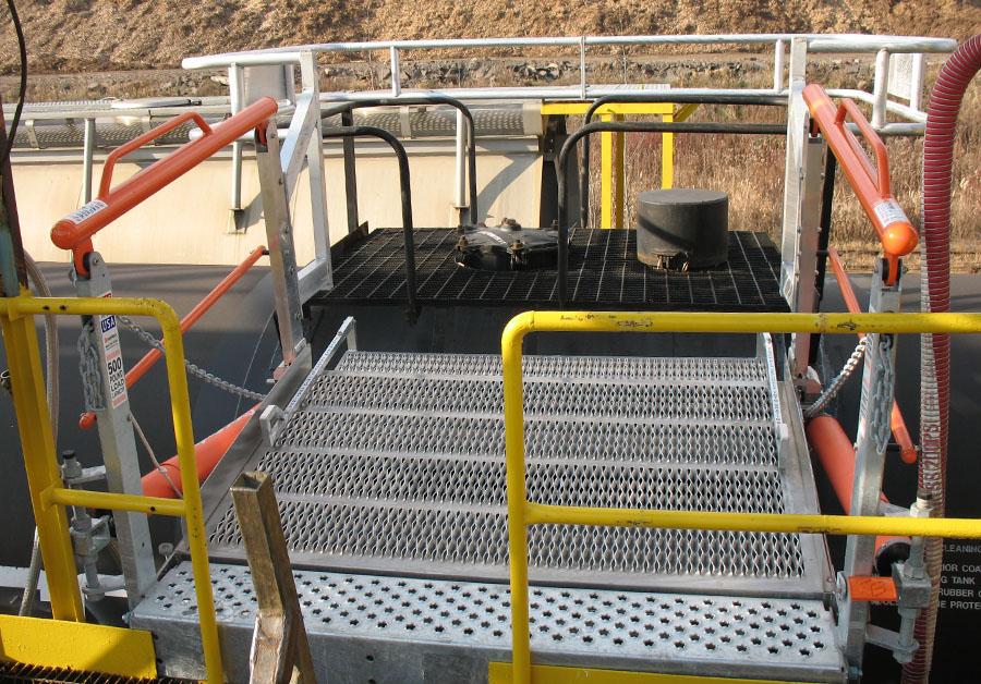Railcar top loading extra wide flat ramp telescopic FRT gangway 900x628
