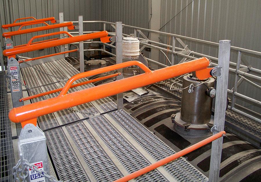 Railcar SFR flat ramp extra wide gangway 900x628