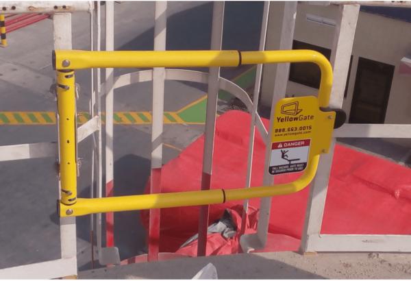 safety gate for platform ladders