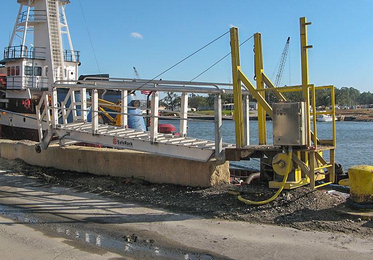 ship dock mounted gangway 740x516
