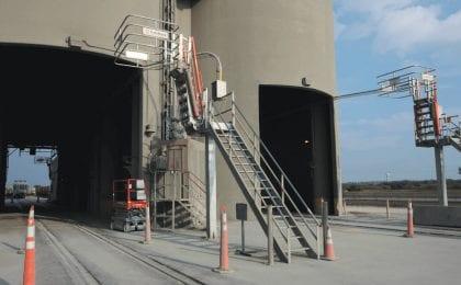 cement plant railcar platform 14