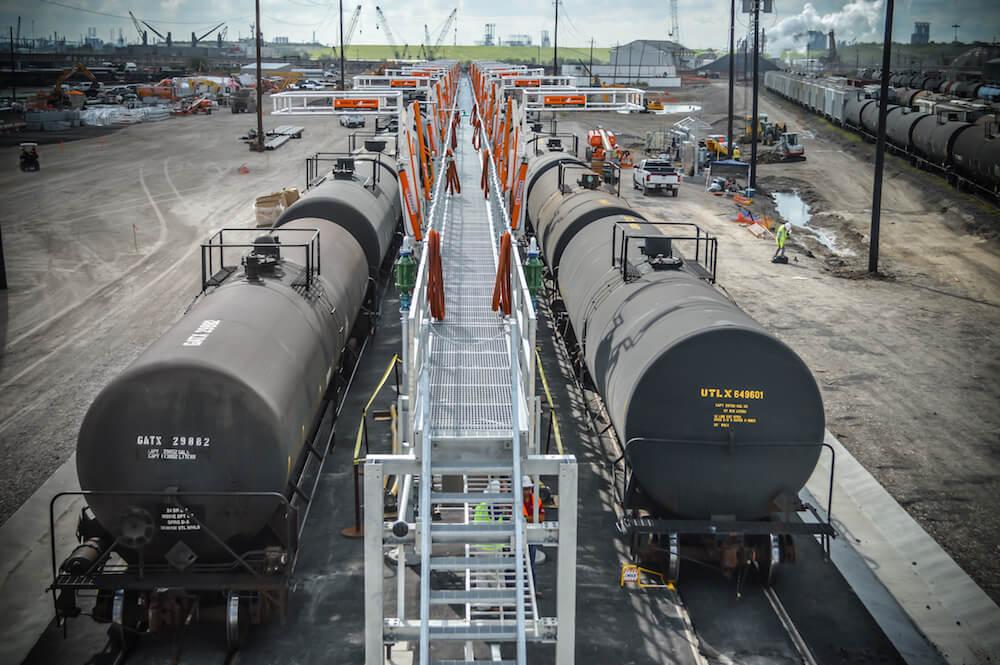 Railcar Unloading Station 15