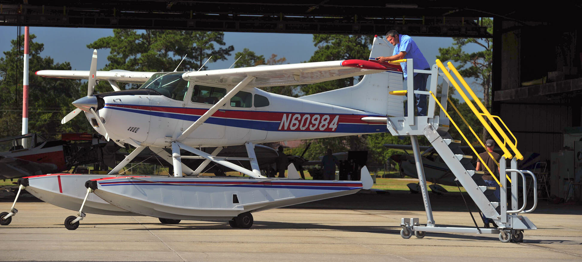 g series waterplane lg