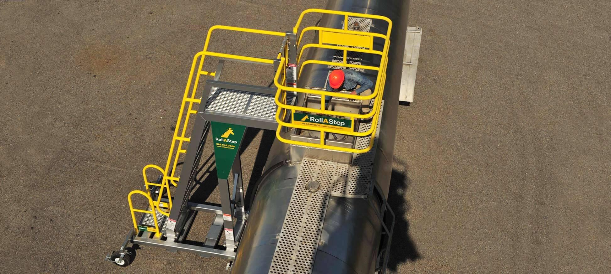 mobile staircase_overtankertruck