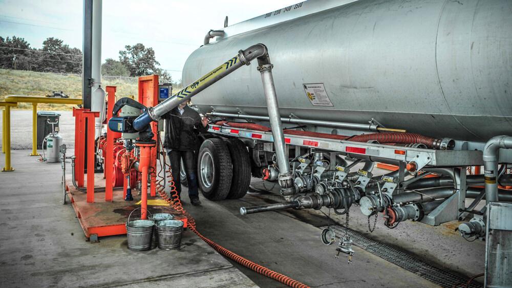 opw bottom loading arm for trucks 11