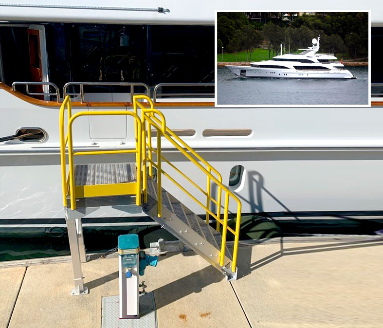 Boat access stair