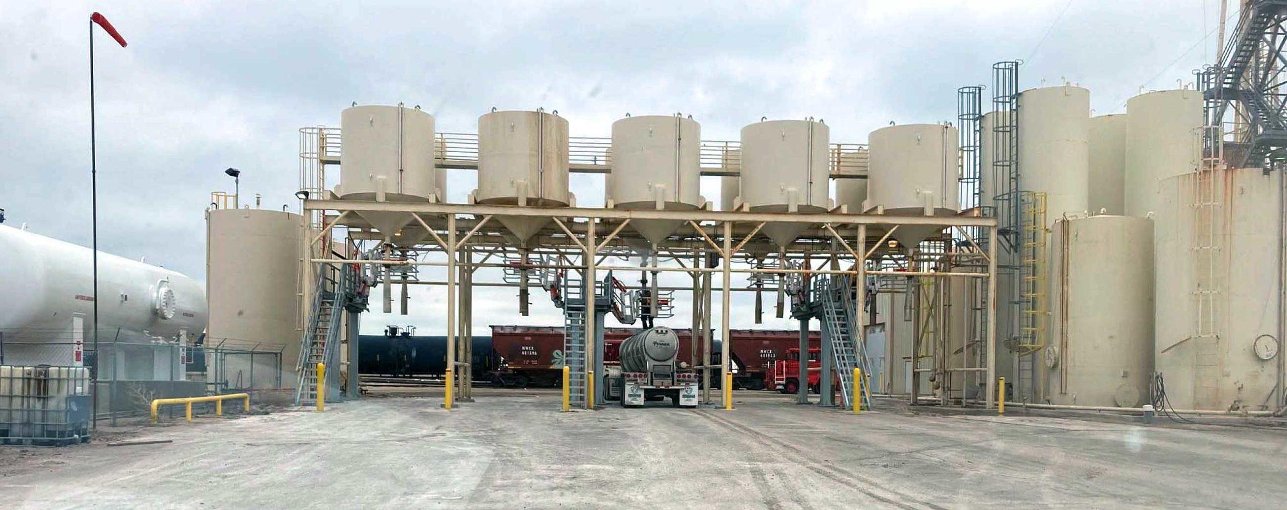 Feed silos - 5-Spot bulk loading station