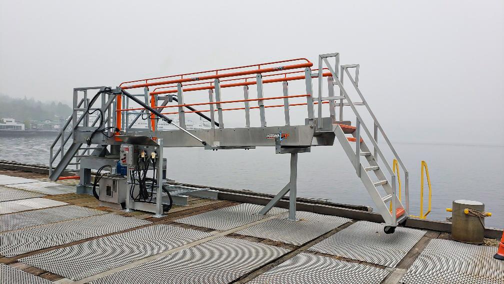 MarinaStep SAS Gangway Imperial Oil