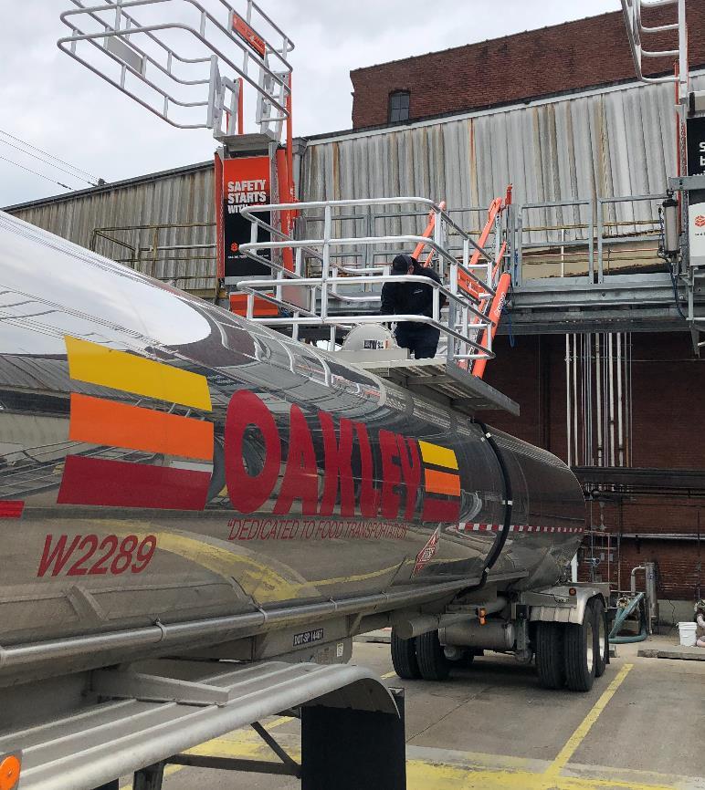 SafeRack Gangway - Rear tank truck loading