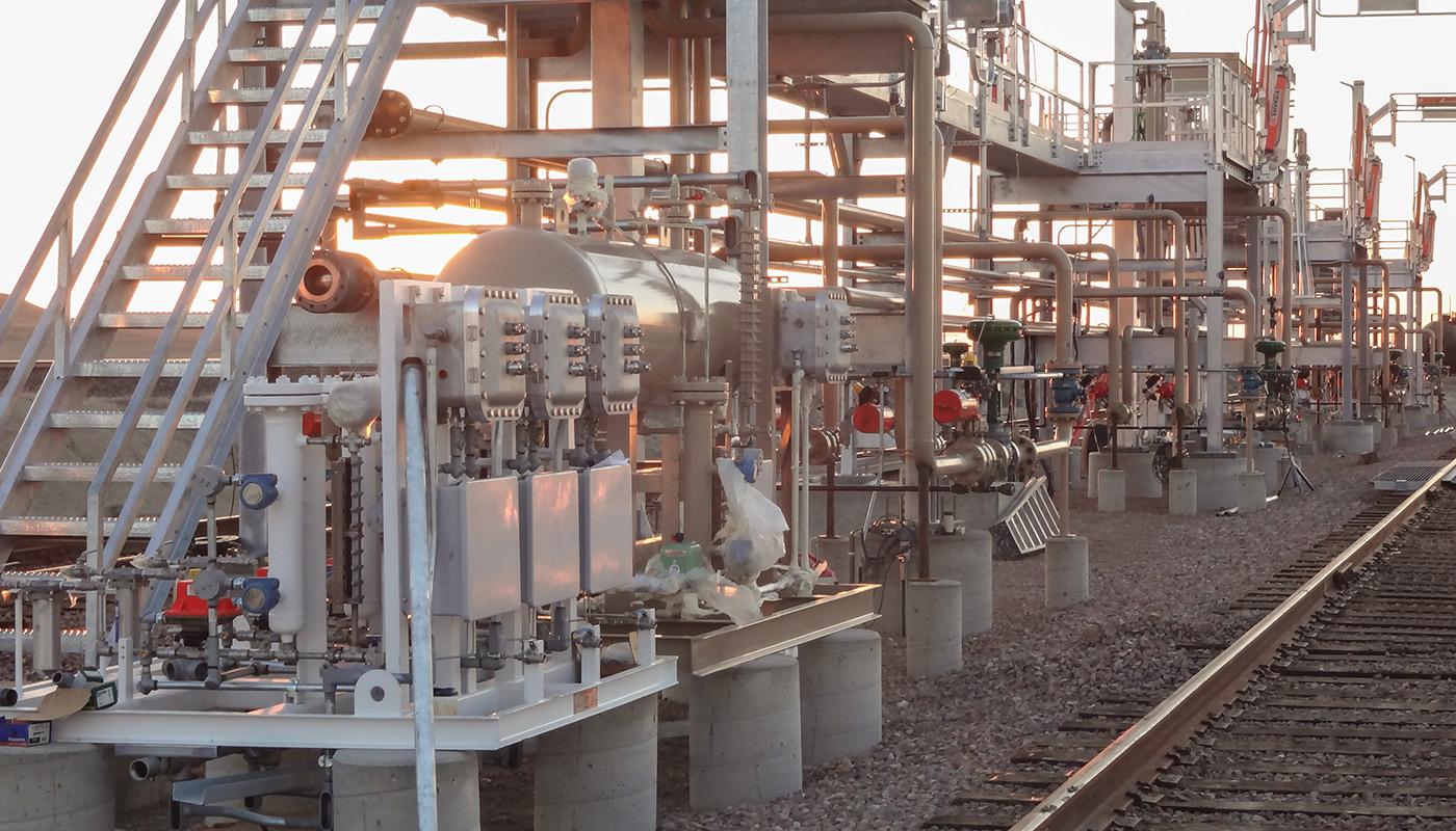 SafeRack railcar custody metering grounding system