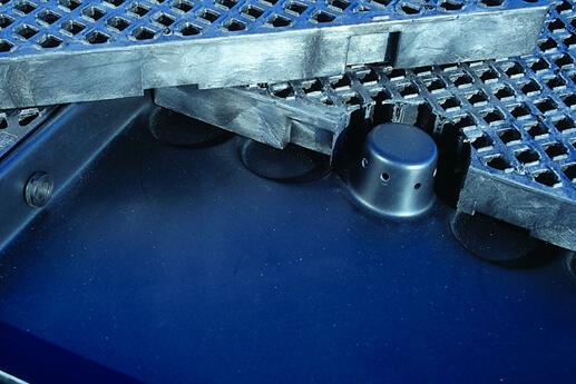track pan closeup