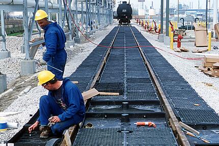 track pan installation