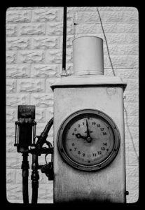 Clock face pump