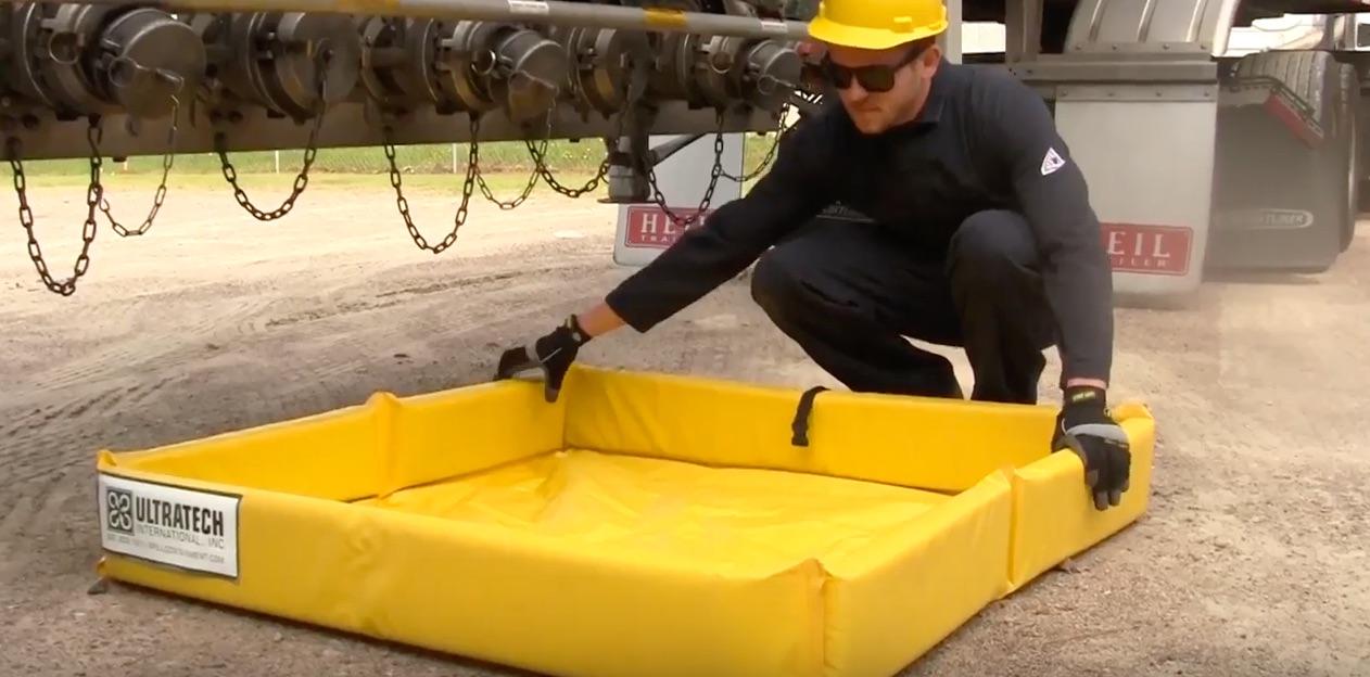 Ultra Containment Berm Mini Foam Wall