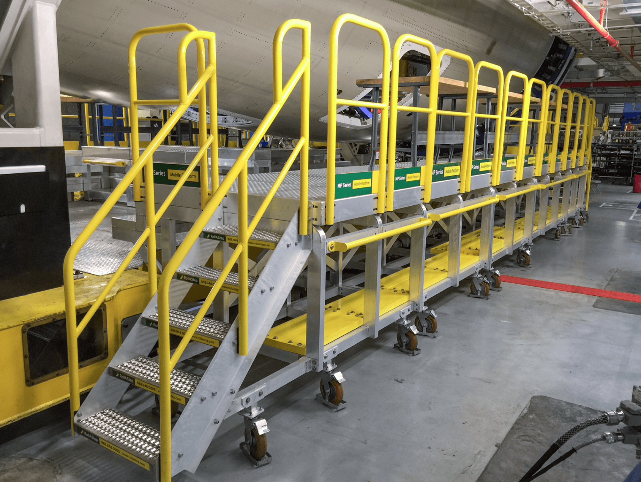 rolling access platform equipment with rolling stairs